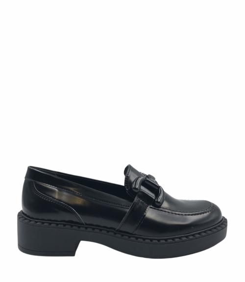 Loafers με μεγάλη εγκράφα - Μαύρο