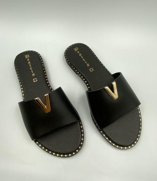 Δερμάτινα σανδάλια με άνοιγμα  - Μαύρο