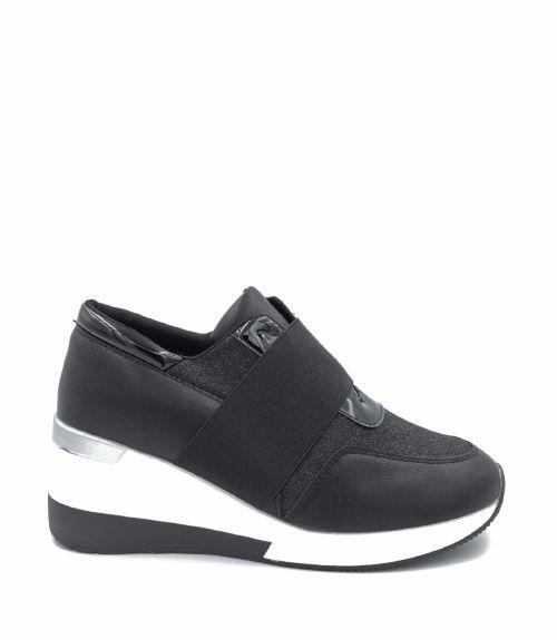 Sneakers με υπερυψωμένη σόλα  - Μαύρο