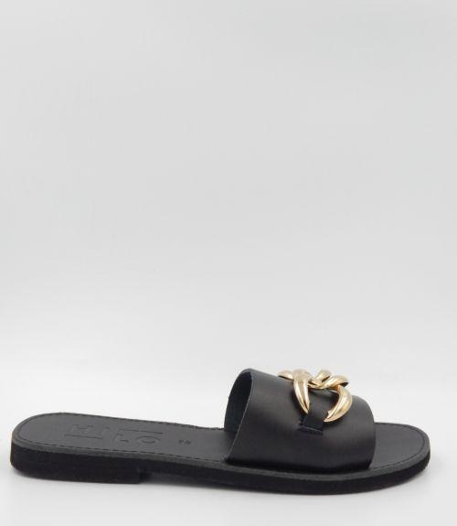 Δερμάτινα σανδάλια με αλυσίδα - Μαύρο