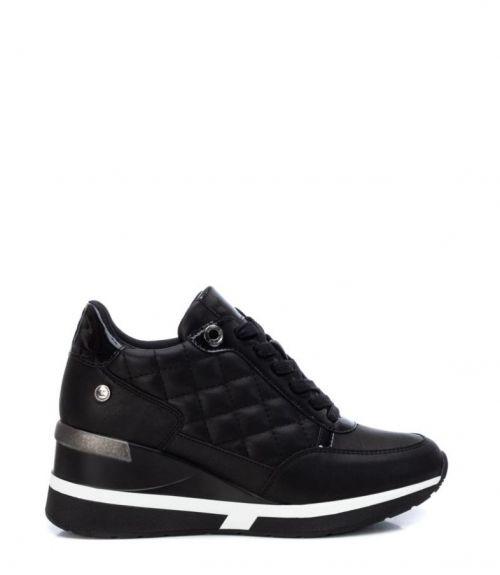 Xti sneakers με υπερυψωμένη σόλα - Μαύρο